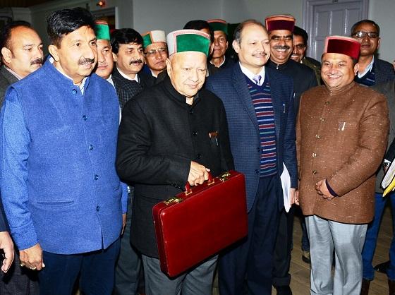 HP विधानसभा में CM वीरभद्र सिंह ने पेश किया बजट, यहां पढ़े पूरी बजट स्पीच