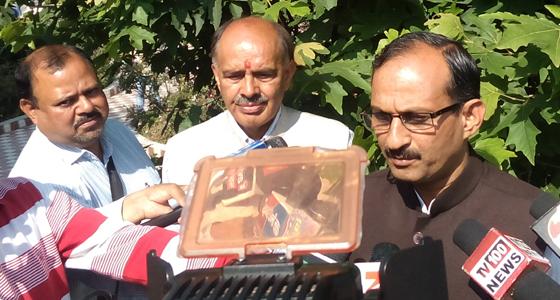 मोदी-शाह जुंडली की गजब की सियासत, देवभूमि में 18 से BJP की रथयात्रा के सारथी बनाए धूमल के लाडले,नडडा CM के प्रबल दावेदार