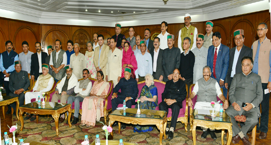 राष्ट्रपति पद की प्रत्याशी मीरा कुमार का मोदी सरकार पर तीखा हमला,बोली,'यूं बदल गया हैं माहौल