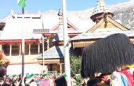 PICS:हिंदुस्तान में एक ऐसी जगह जहां देवता भी देता हैं तिरंगे को सलामी