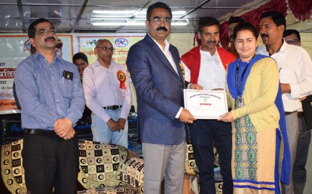 SKILL INDIA:आटोमोबाइल में अंकुश ,रवि व स्पर्श की जयपुर को उड़ान तय
